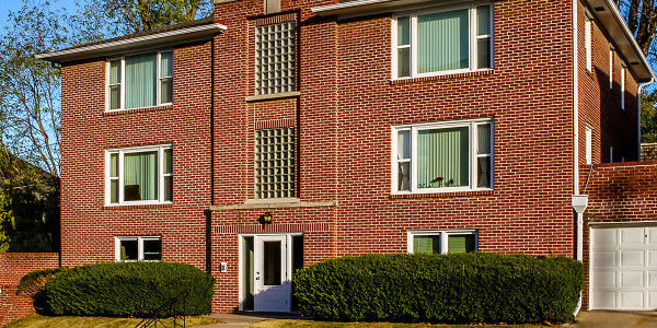 3820 Jones Street Apartments